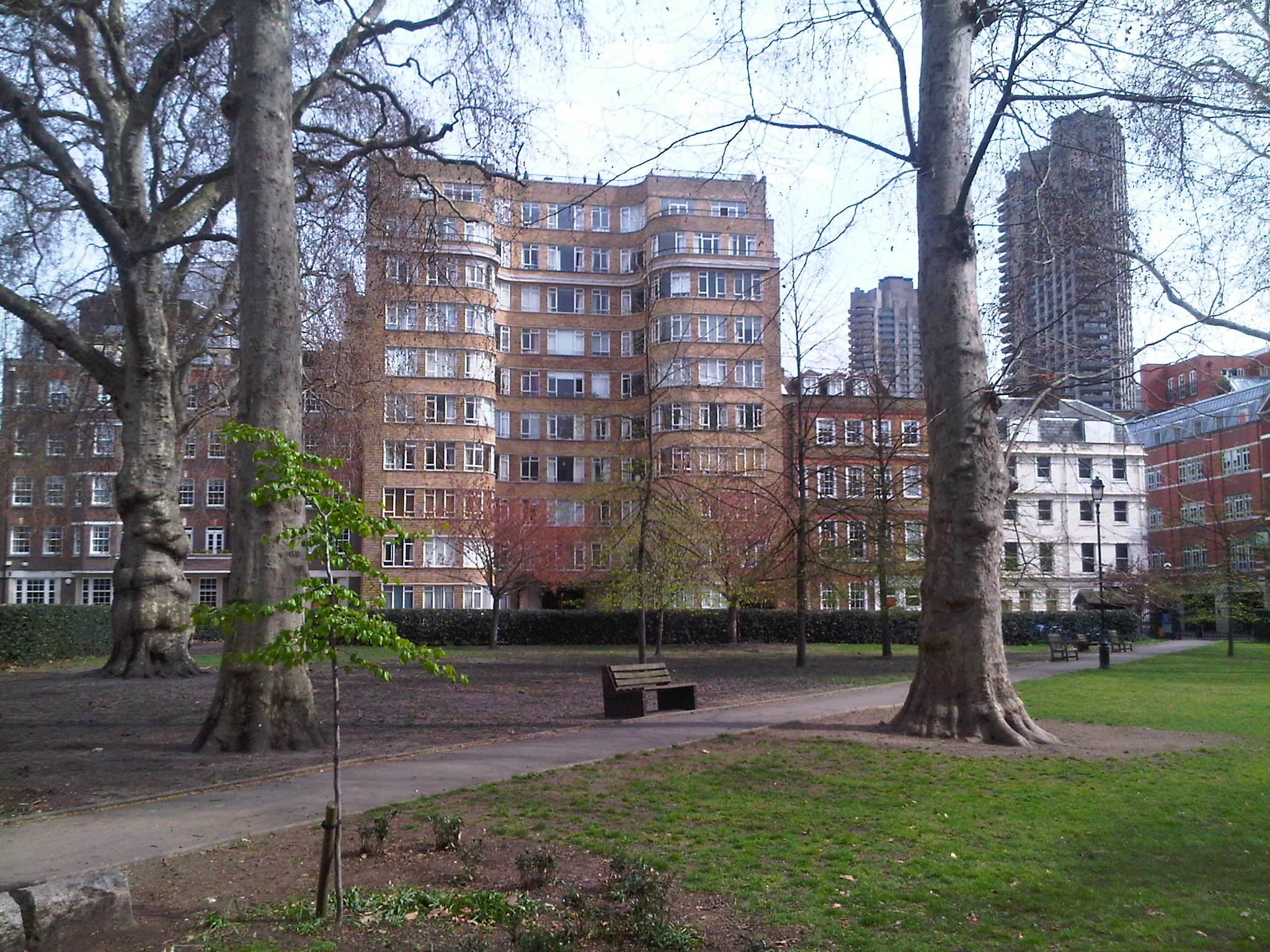 Florin_Court_from_Charterhouse_Square_garden