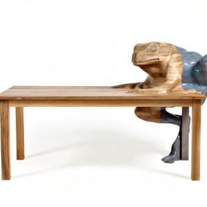 Столик Burnt Doodle, дерево, дизайн Front, Moroso